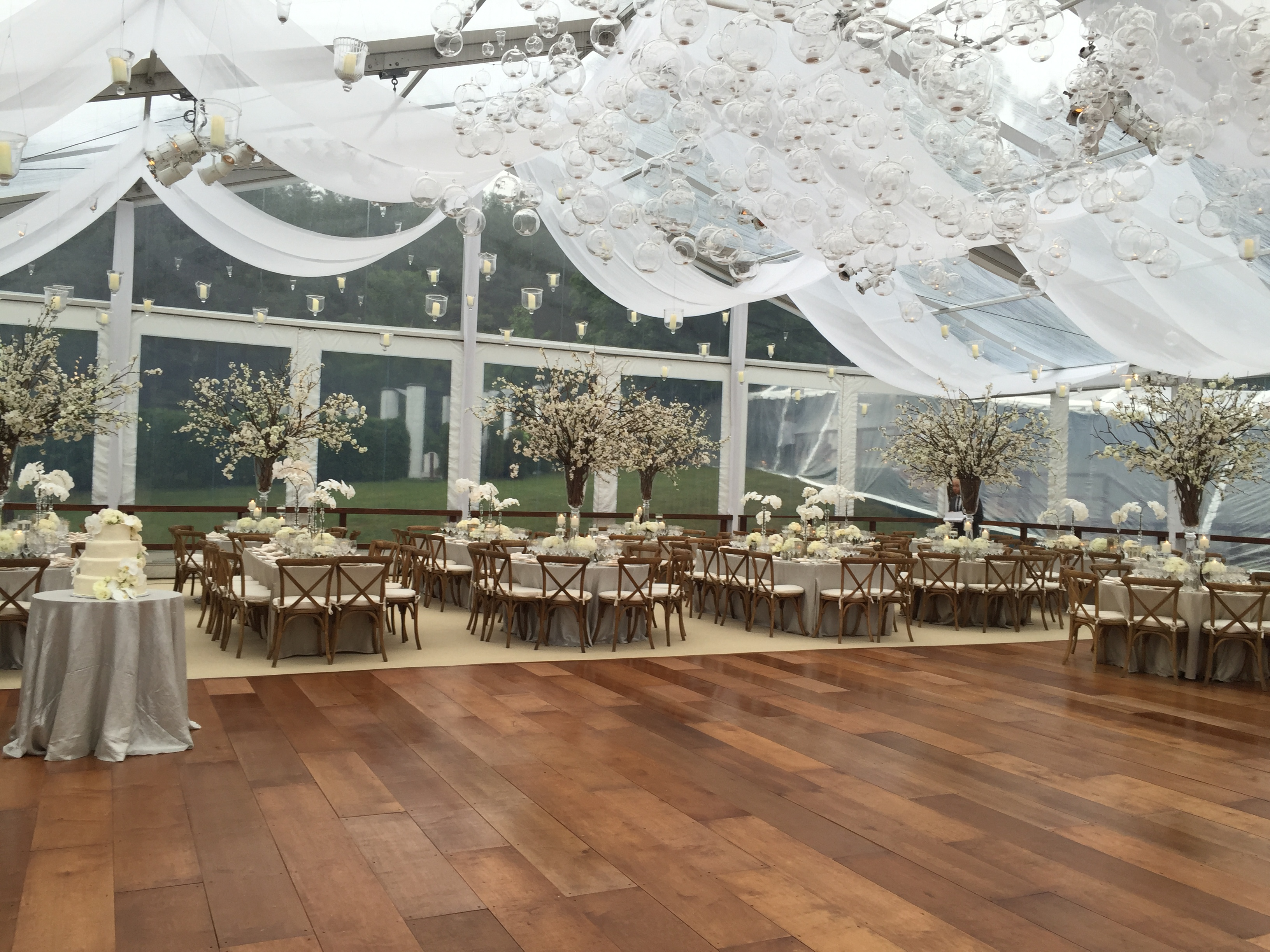 wedding tent suppliers