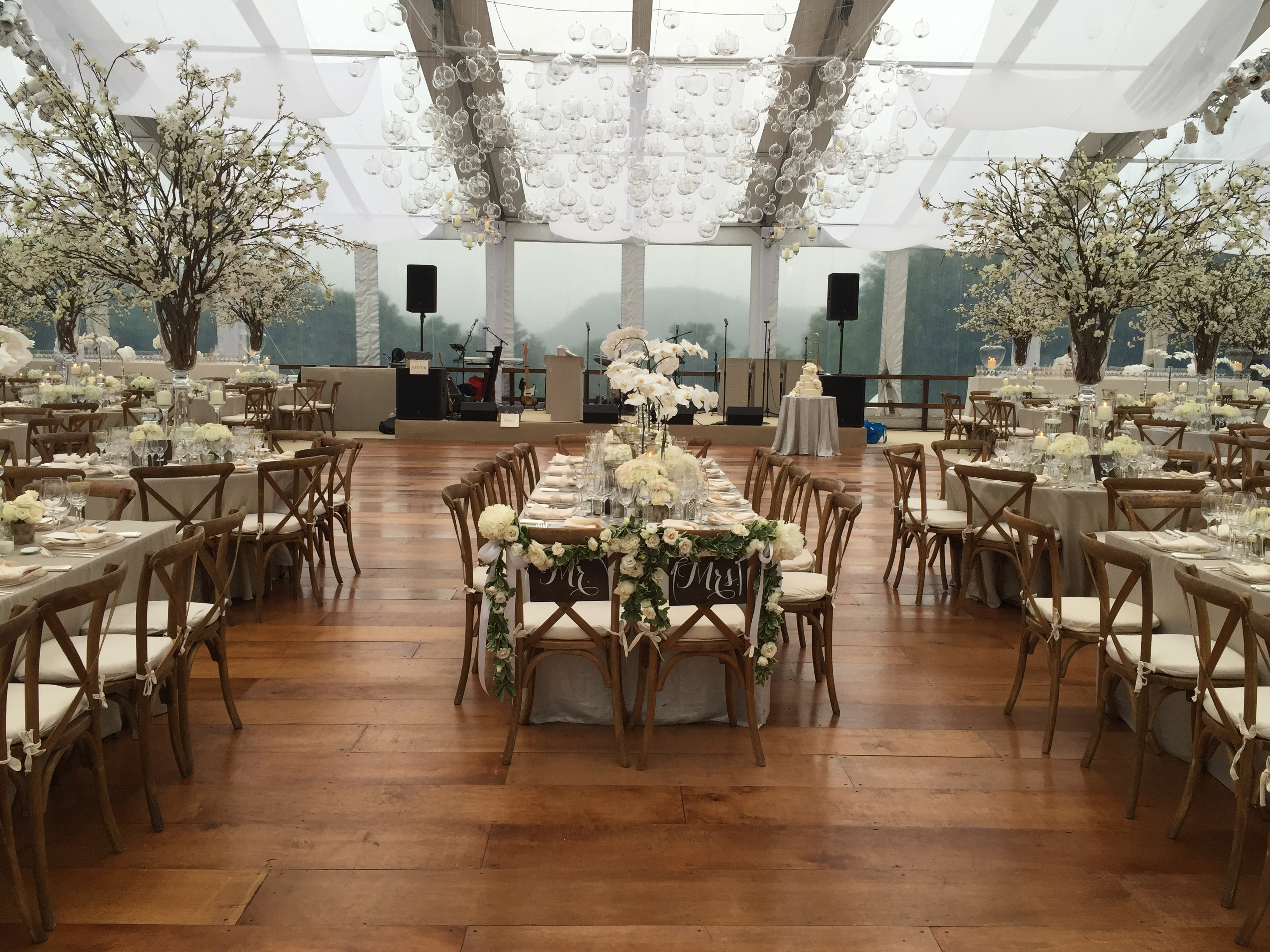 elegant tent weddings